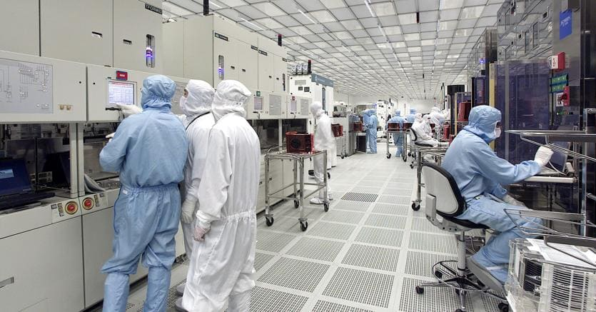 Comprare azioni STMicroelectronics e quotazione in tempo reale
