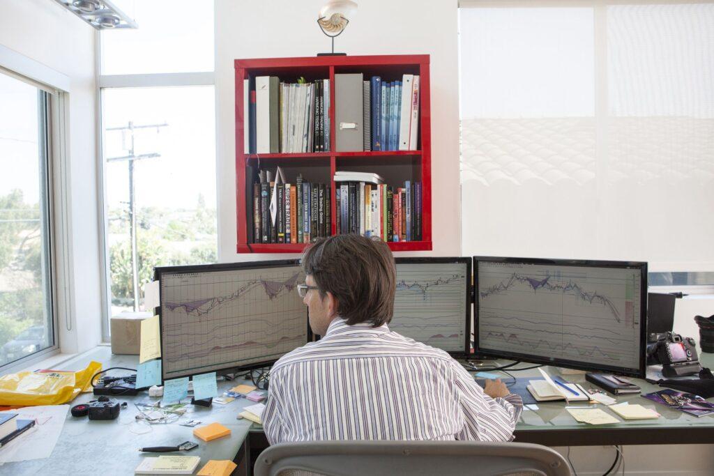 Lavorare da casa con il trading online